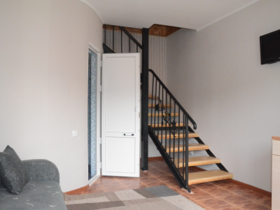 Комната на 2ом этаже (люкс)